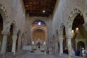 13. Tuscani, Basilika San Pietro
