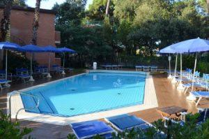 5__Hotel_Venezia_und_der_Pool
